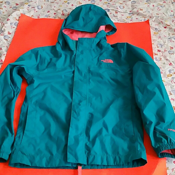 fca76a168 NEW THE NORTH FACE HYVENT GREEN GIRLS RAIN JACKET